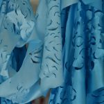 Rosane Morais – Entre o céu e o mar – Desenho s/tecido c/ queima pirógrafo- 4000 x 40 cm